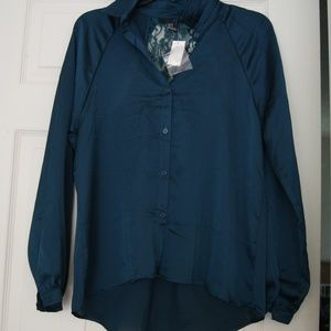 Tops - Dark Green blouse with lace cutout back sz M